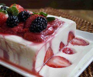 como-hacer-gelatina-de-fresas-y-crema-de-leche-2