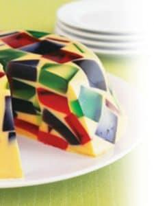 como-preparar-gelatina-de-mosaico-con-formas-de-estrellas-5