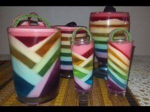 como-hacer-gelatinas-decoradas-de-colores-1