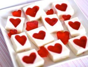 receta-de-gelatinas-de-frutas-en-forma-de-corazon-2