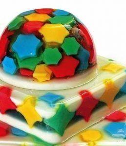como-hacer-gelatinas-decoradas-en-forma-de-luna-5