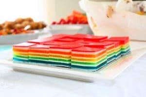 como-hacer-gelatina-de-colores-de-6-capas-6