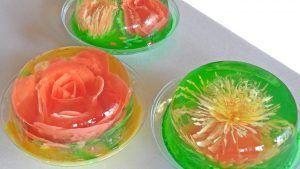 como-hacer-gelatinas-decoradas-flor-blanca-2