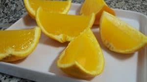 como hacer gelatina con frutas de naranja natural
