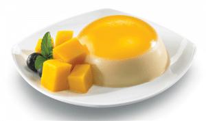 como-hacer-gelatina-con-frutas-mango-con-leche-condesada-5
