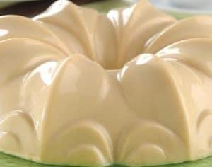 como-hacer-gelatinas-con-fruta- y-queso-crema-1