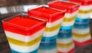 como-hacer-gelatina-de-colores-5