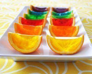 como-hacer-gelatina-con-frutas-de-naranja-natural-4