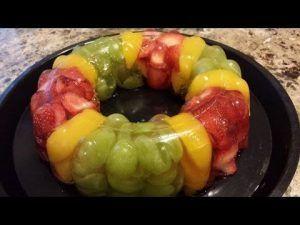 recetas-de-gelatinas-de-frutas-de-dos-capas-con-fresas-y-naranja-1