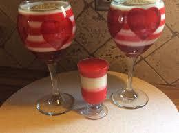 gelatina de colores en copas