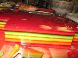 haciendo-gelatinas-de-colores-en-capas-2