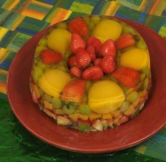 Como decorar una gelatina con frutas