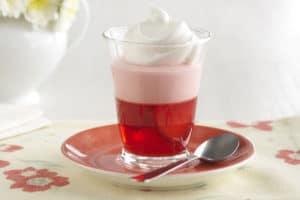 como hacer gelatinas de dos sabores 2