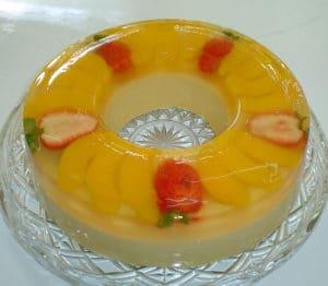 como-hacer-gelatinas-de-durazno-en-almibar-3