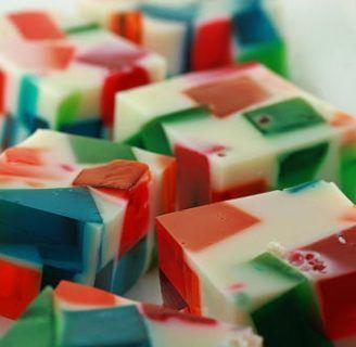 Como hacer gelatinas de mosaico