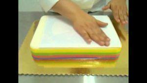 Como preparar gelatinas decoradas