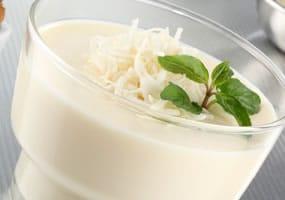 receta-de-gelatina-de-colores-sabor-coco-y-vainilla-7