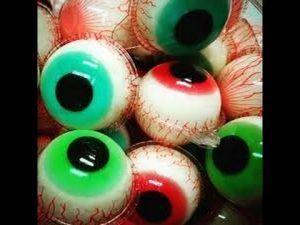 como-hacer-una-gelatina-decorada-en-forma-de-ojo-2